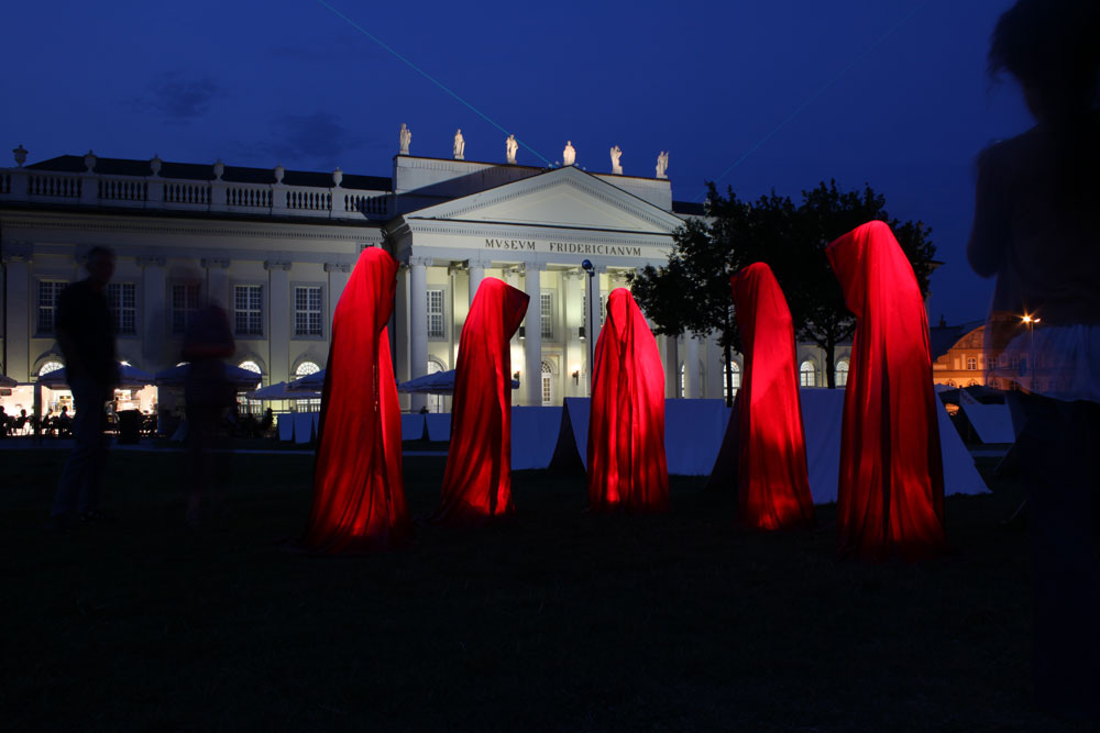 occupy-documenta-kassel-art-time-guards-kili-manfred-kielnhofer-contemporary-art-scupture-form-design-1496