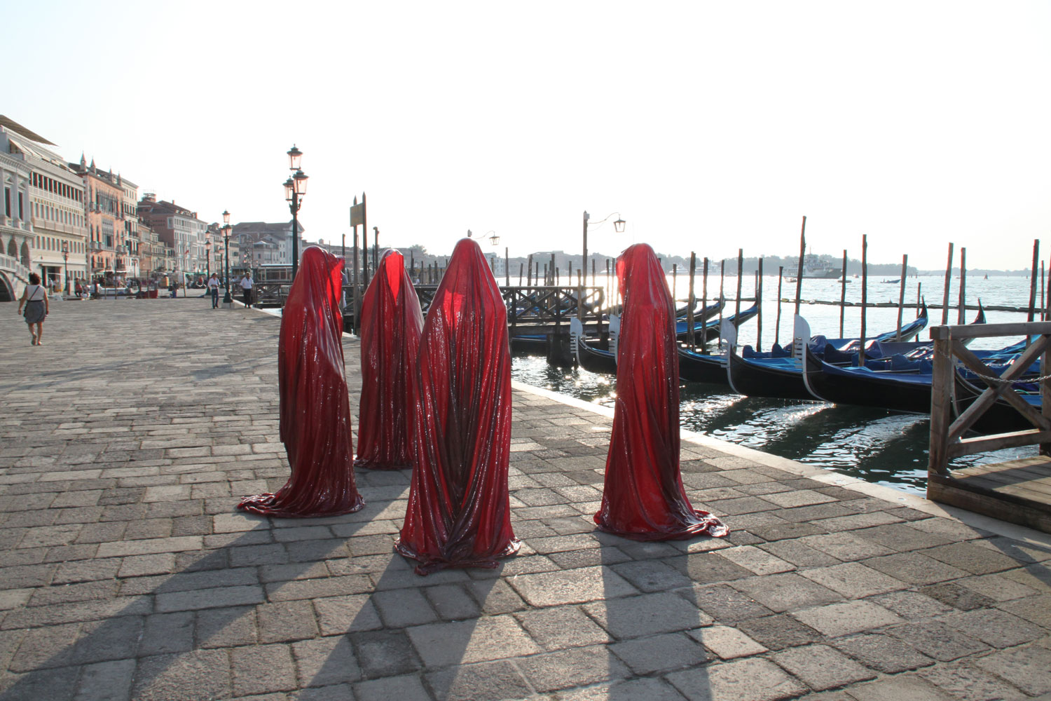 public art biennial festival show exhibition in Venice by Manfred Kielnhofer contemporary art design architecture sculpture theatre 4294