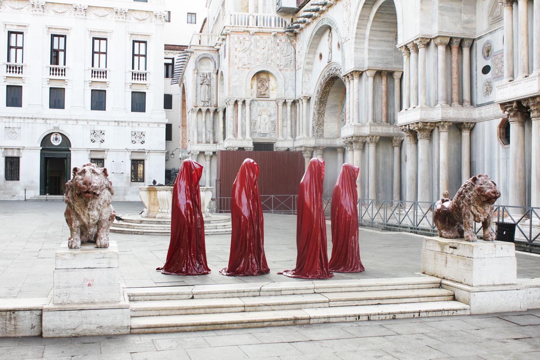 public art biennial festival show exhibition in Venice by Manfred Kielnhofer guardians of time contemporary art design architecture sculpture theatre 4250