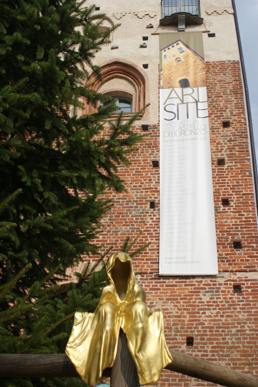 Castello-Buronzo-ARTSITE-Italy-Austrian-Artists-Christoph-Luckeneder-and-Manfred-Kielnhofer-contemporary-art-sculpture-show-2558