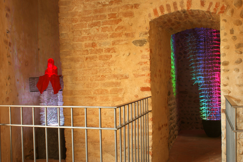 Castello-Buronzo-ARTSITE-Italy-Austrian-Artists-Christoph-Luckeneder-and-Manfred-Kielnhofer-contemporary-art-sculpture-show-2580