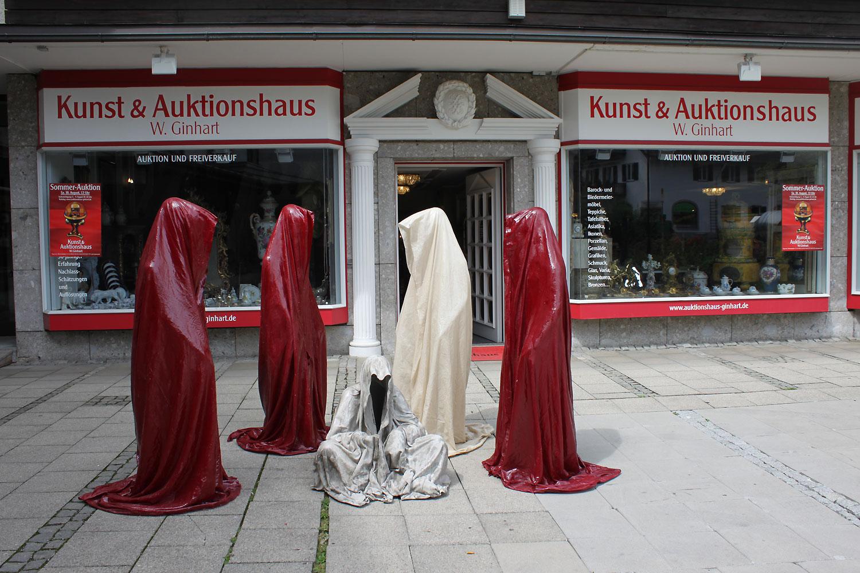 kunstauktion-Tegernsee-Ginhart-contemporary-art-sculpture-modern-arts-antique-auction-guardians-of-time-waechter-der-zeit-kielnhofer-4913