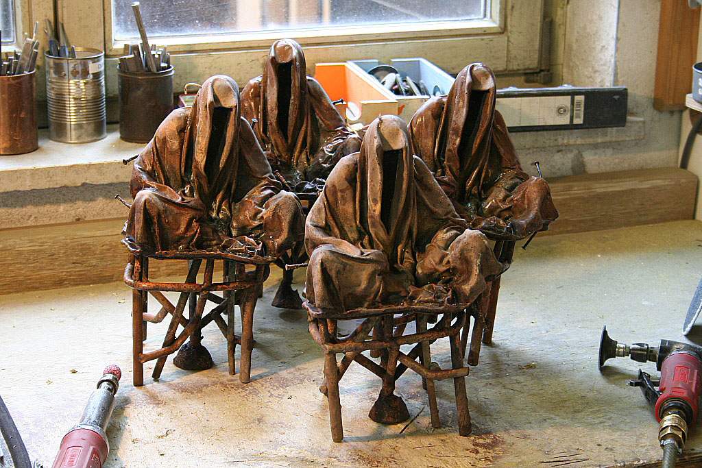 kunstguss-rohguss-art-foundry-guardians-of-time-waechter-manfred-kielnhofer-fine-modern-contemporary-antique-art-arts-sculpture-statue