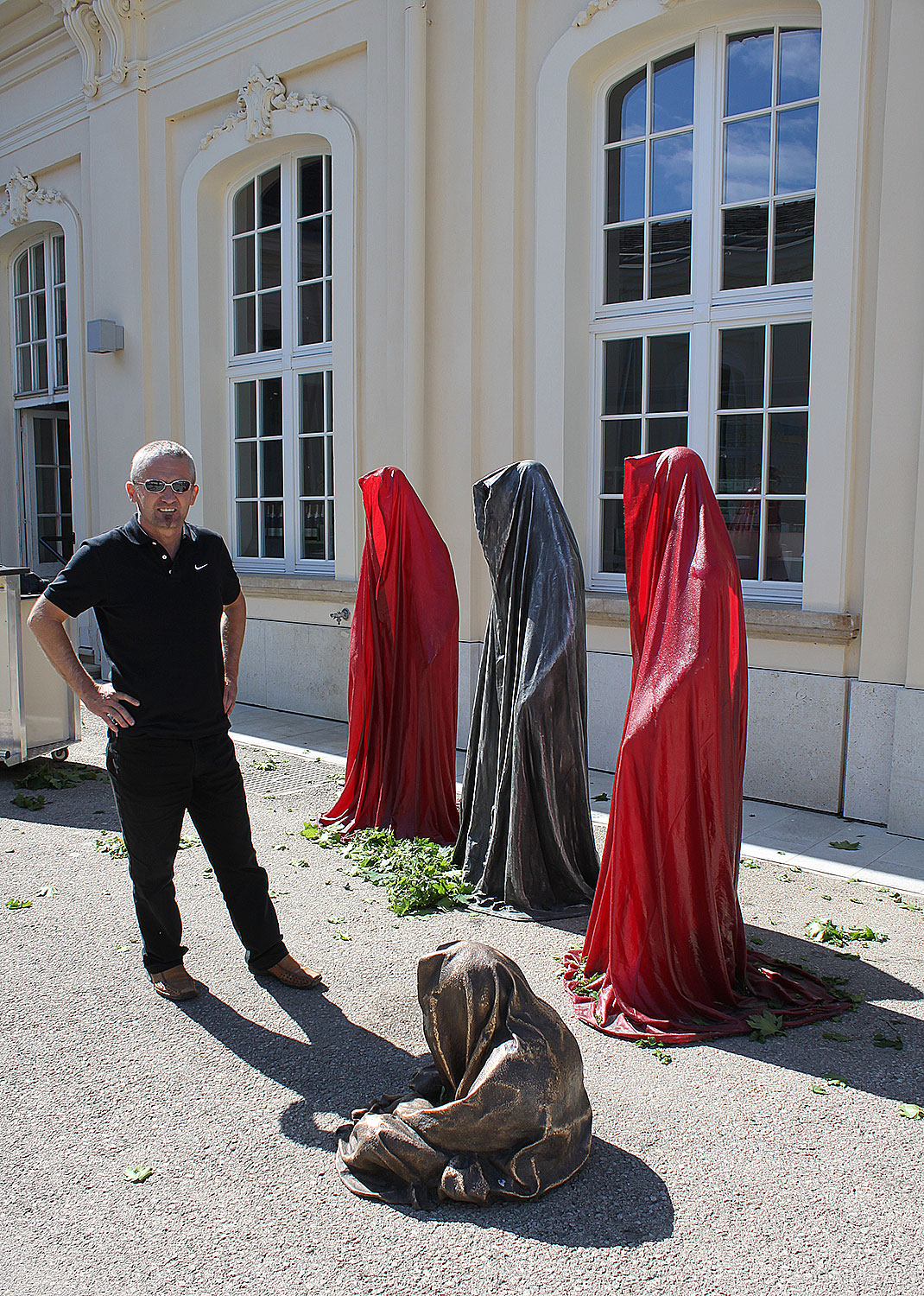 kunstmesse-schloss-laxenburg-galerie-szaal-sculpture-guardians-waechter-sculptor-manfred-kielnhofer-contemporary-fine-art-arts-antiques-design-0590