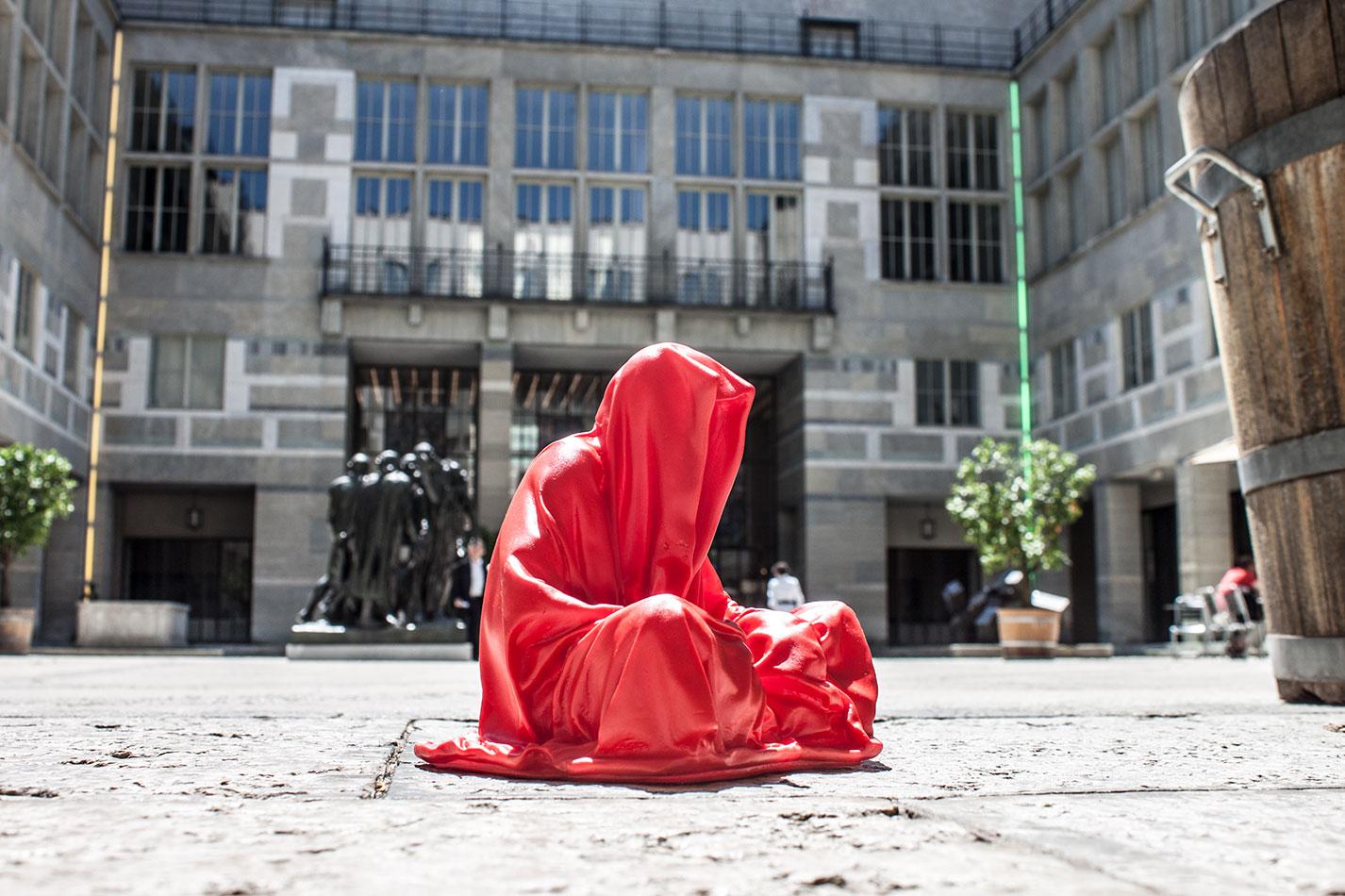 highlights-public-artbasel-kunsthaus-basel-scope-art-show-guardians-of-time-manfred-kielnhofer-steinreich-contemporary-art-sculpture-tour-art-parcours-1601