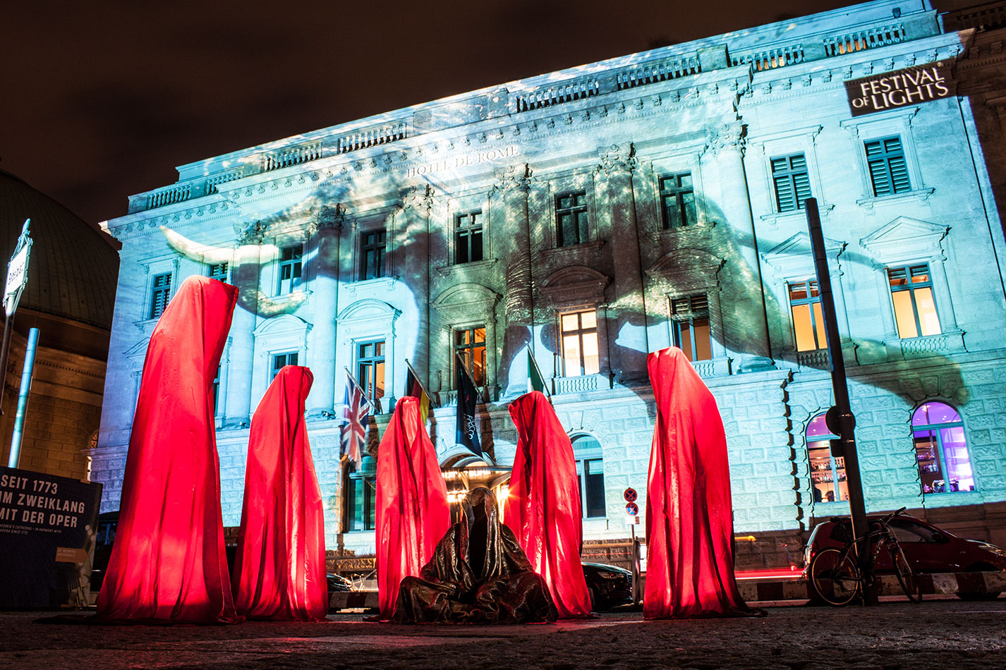 festival-of-lights-berlin-hotel-de-rome-light-art-show-exhibition-lumina-guardians-of-time-manfred-kili-kielnhofer-contemporary-arts-design-sculpture-3381