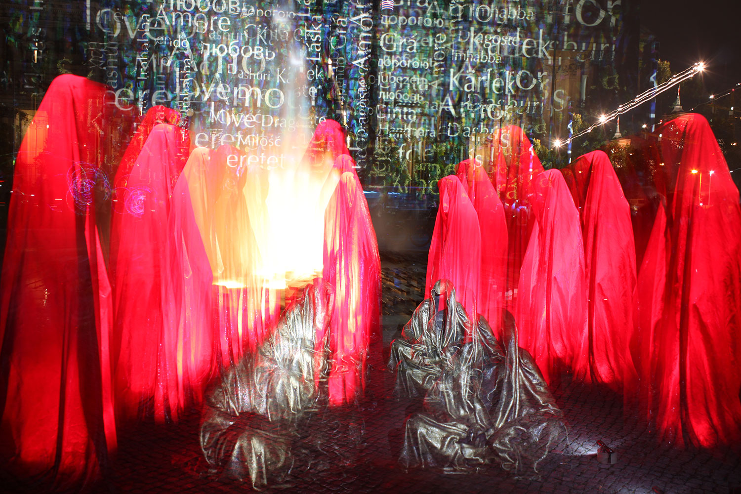 festival-of-lights-old-museum-cathedral-berlin-light-art-show-exhibition-lumina-guardians-of-time-manfred-kili-kielnhofer-contemporary-arts-design-sculpture-3000 - Kopie