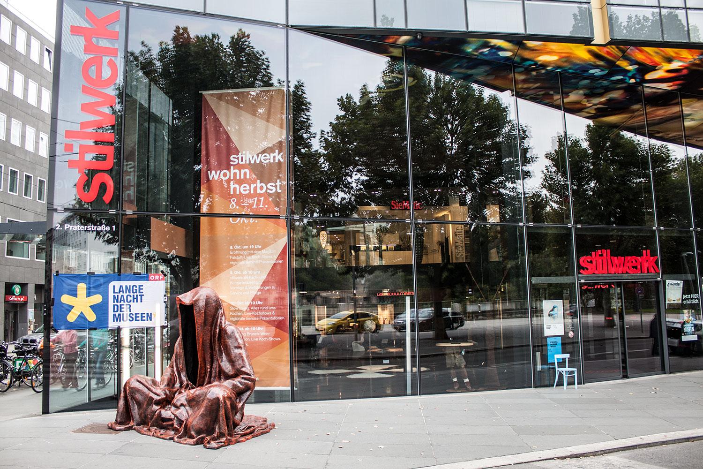 stilwerk design tower vienna guardians of time by manfred kielnhofer duekouba designkooperative  contemporary art design sculpture antique 2742y