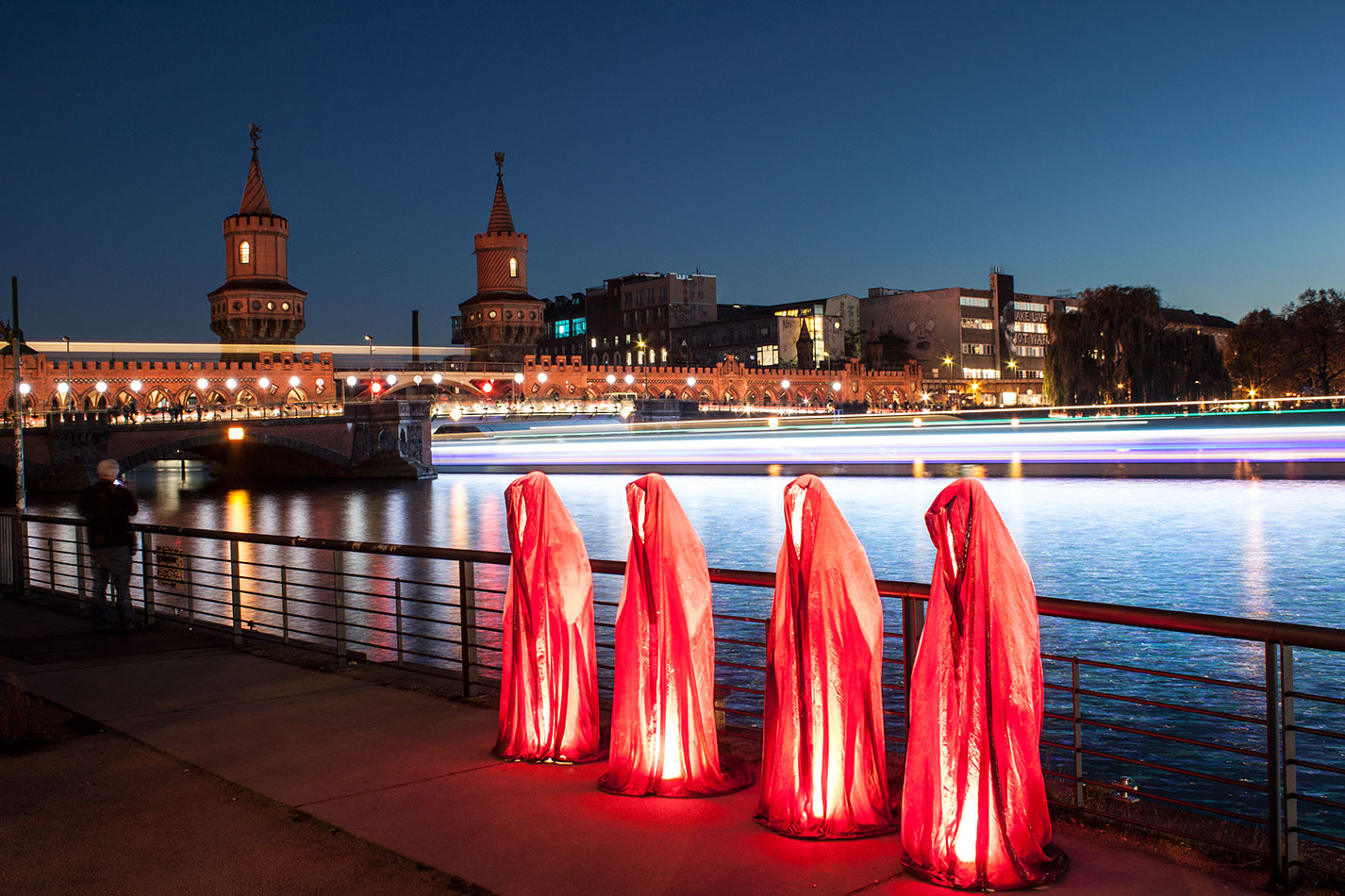 25-years-wallfall-berlin-germany-east-side-gallery-contemporary-fine-art-show-arts-design-guardians-of-time-manfred-kili-kielnhofer-4479