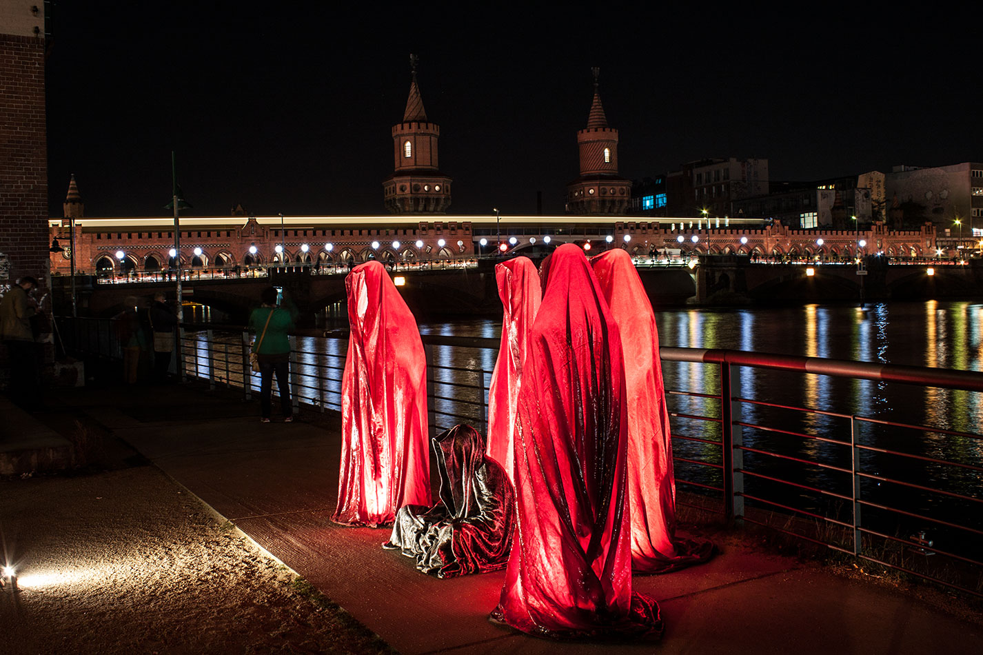 25-years-wallfall-berlin-germany-east-side-gallery-contemporary-fine-art-show-arts-design-guardians-of-time-manfred-kili-kielnhofer-4504