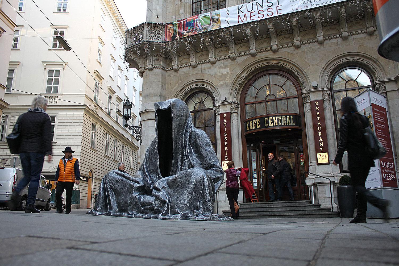 wikam-wiener-internationale-kunst-und-antiquitaetenmesse-art-and-antique-fair-vienna-guardians-of-time-manfred-kili-kielnhofer-contemporary-fine-art-design-4093