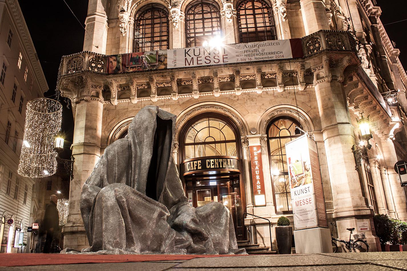 wikam-wiener-internationale-kunst-und-antiquitaetenmesse-art-and-antique-fair-vienna-guardians-of-time-manfred-kili-kielnhofer-contemporary-fine-art-design-4916