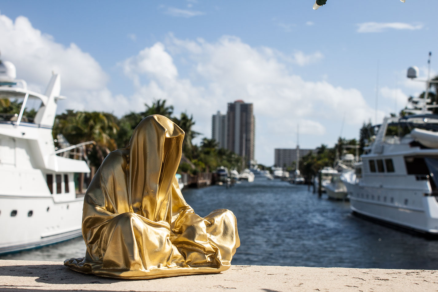 art-basel-miami-beach-fair-usa-florida-guardians-of-time-manfred-kili-kielnhofer-contemporary-fine-art-modern-arts-design-antiques-sculpture-5803