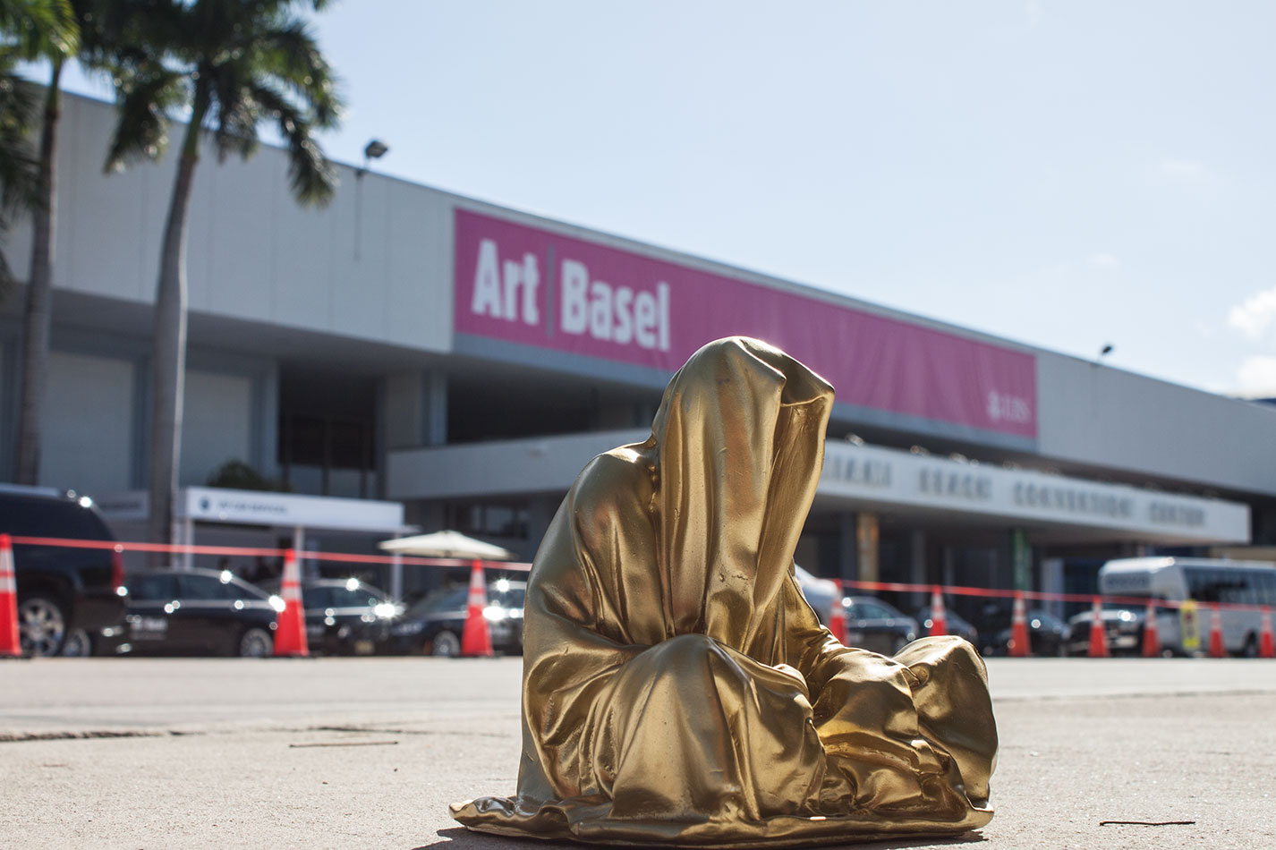 public-art-basel-miami-beach-fair-usa-florida-bass-museum-guardians-of-time-manfred-kili-kielnhofer-contemporary-fine-art-modern-arts-design-antiques-sculpture-6470