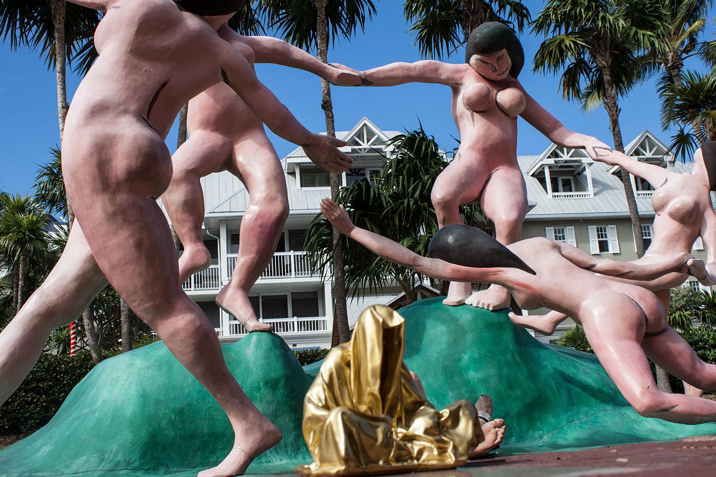 public-art-basel-miami-beach-fair-usa-florida-guardians-of-time-manfred-kili-kielnhofer-contemporary-fine-art-modern-arts-design-antiques-sculpture-6748