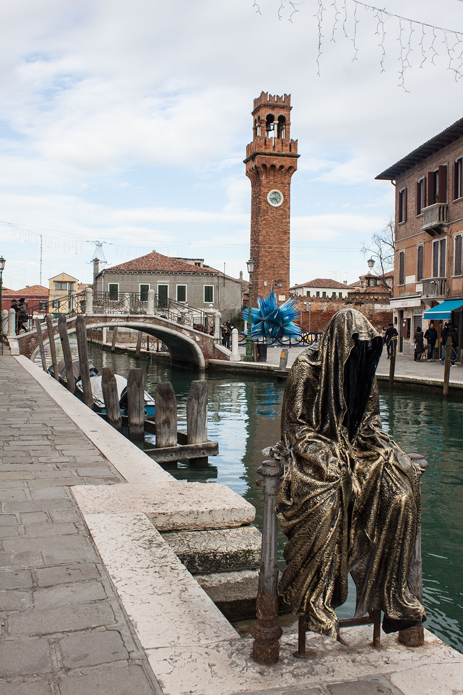 Italia-Venice-Murano-Berengo-glas-studio-glasstress-guardians-of-time-by-Manfred-Kili-Kielnhofer-contemporary-art-design-show-7180