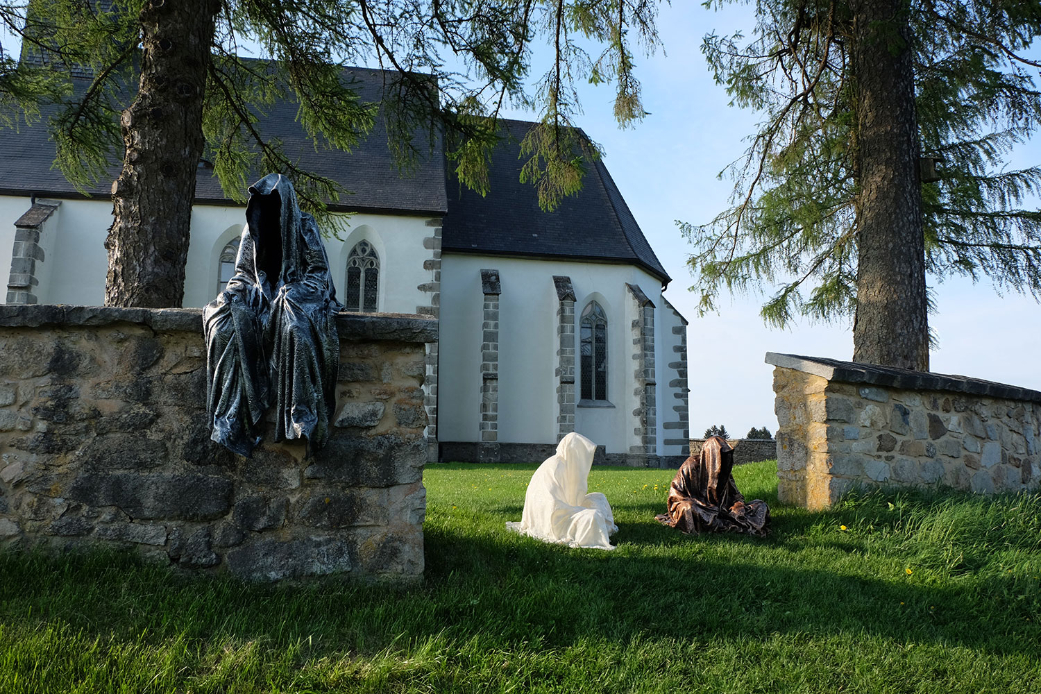 guardians-of-time-manfred-kili-kielnhofer-contemporary-fine-art-design-sculpture-antique-religion-chirch-gotic-2612