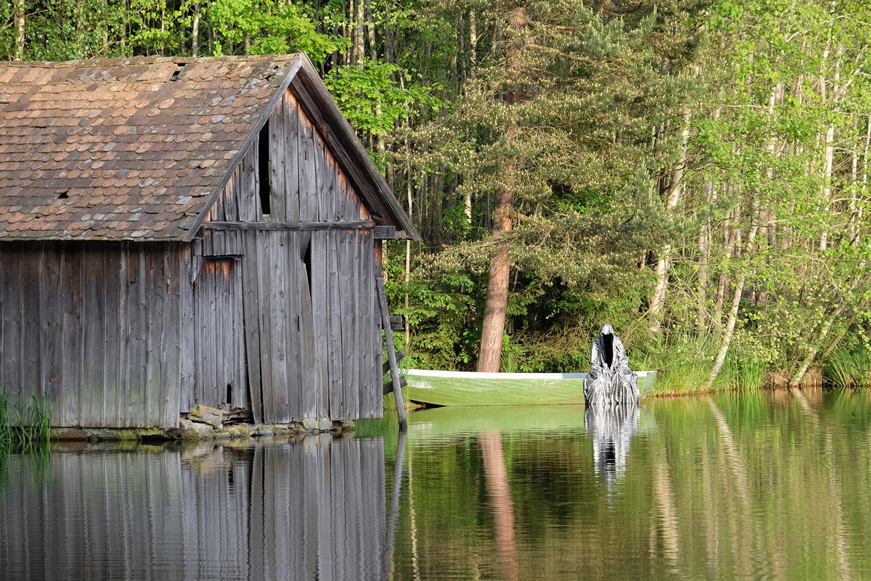 Avalon Island legend farryman-pound-lake-boad-waldviertel-austria-guardians-of-time-manfred-kielnhofer-contemporary-art-design-arts-theater-dance-arte-performance-sculpture-show-3402
