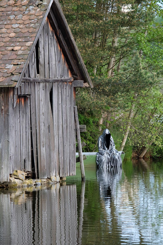 Avalon Island legend farryman-pound-lake-boad-waldviertel-austria-guardians-of-time-manfred-kielnhofer-contemporary-art-design-arts-theater-dance-arte-performance-sculpture-show-3434