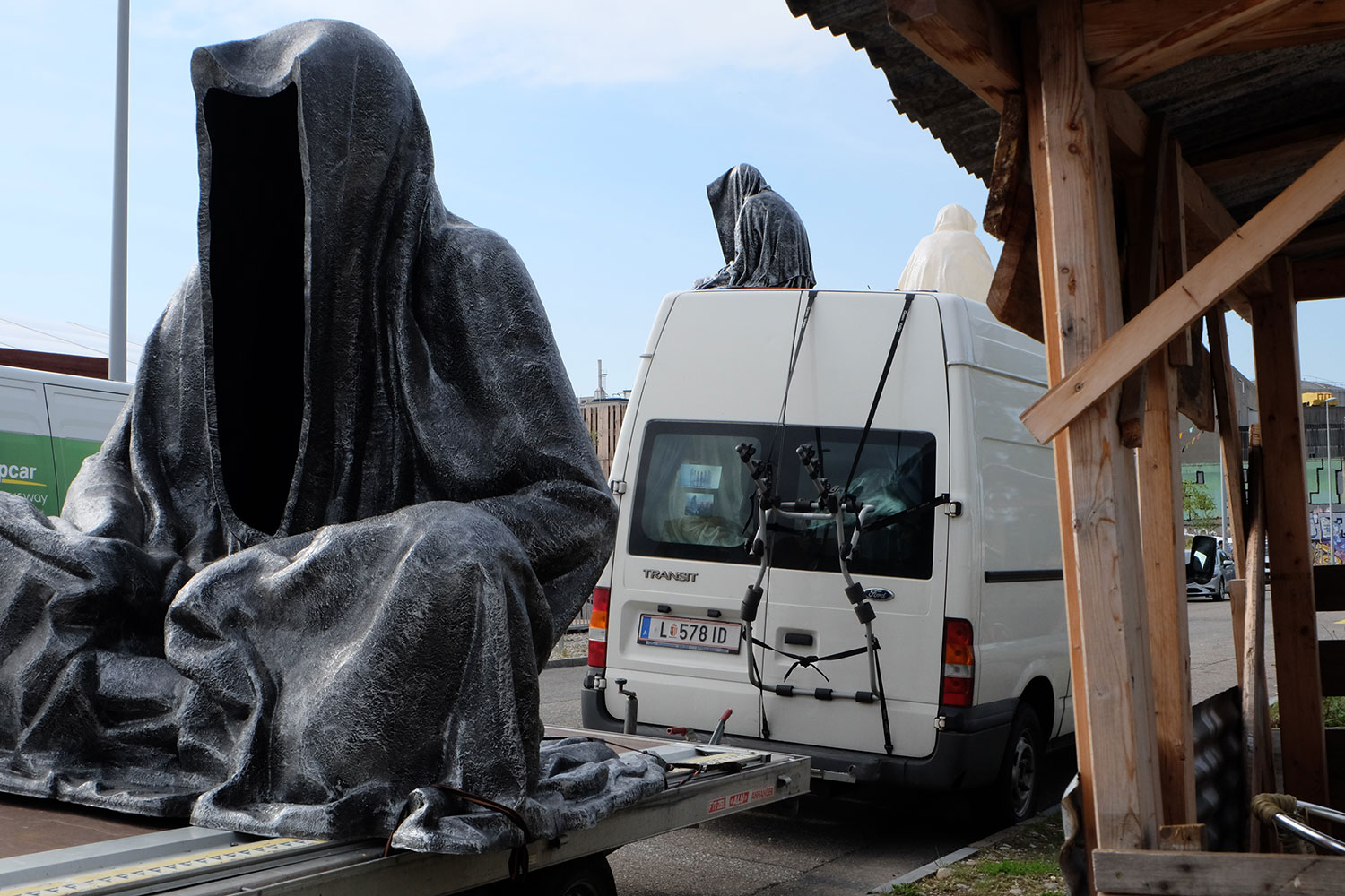 artbasel-swiss-scope-art-ghost-car-guardians-of-time-manfred-kili-kielnhofer-large-scale-contemporary-art-design-sculpture-statue-arts-arte-4283