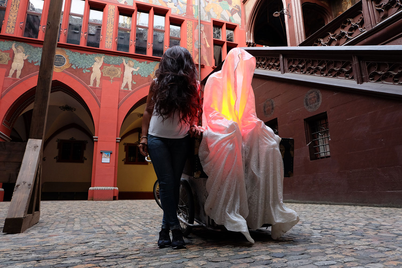 artbasel-swiss-scope-art-guardians-of-time-manfred-kili-kielnhofer-large-scale-contemporary-art-design-sculpture-statue-arts-arte-4739
