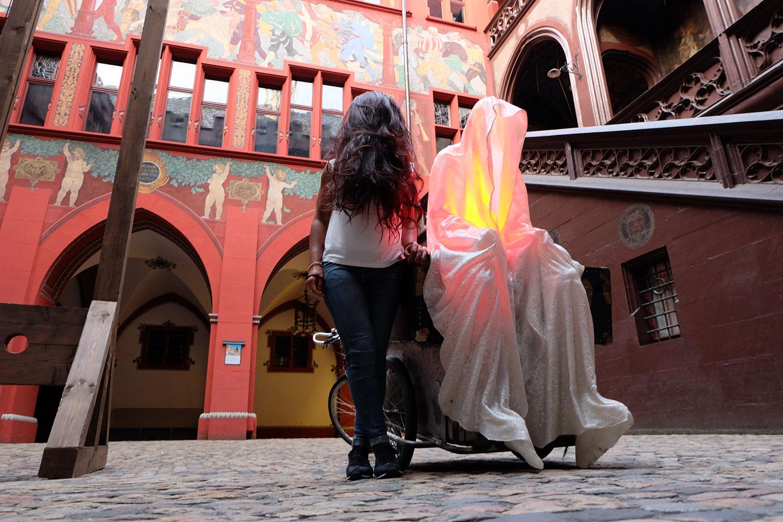 artbasel-swiss-scope-art-guardians-of-time-manfred-kili-kielnhofer-large-scale-contemporary-art-design-sculpture-statue-arts-arte-4741