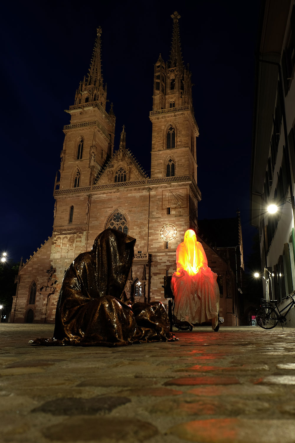 artbasel-swiss-scope-art-guardians-of-time-manfred-kili-kielnhofer-large-scale-contemporary-art-design-sculpture-statue-arts-arte-4817