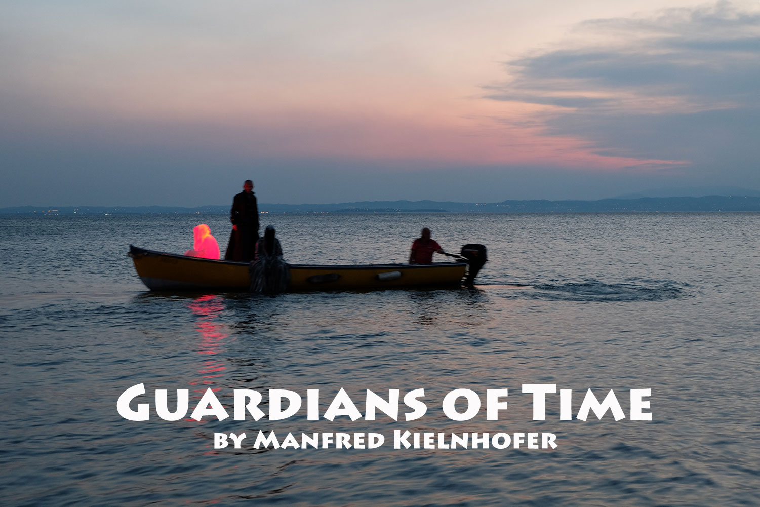 lazise-largo-de-guarda-italia--kouba-designkooperative-austria-guardians-of-time-manfred-kili-kielnhofer-contemporary-art-design-arts-arte-sculpture-theater-foto-film-performnce-avalon-ferryman-3790
