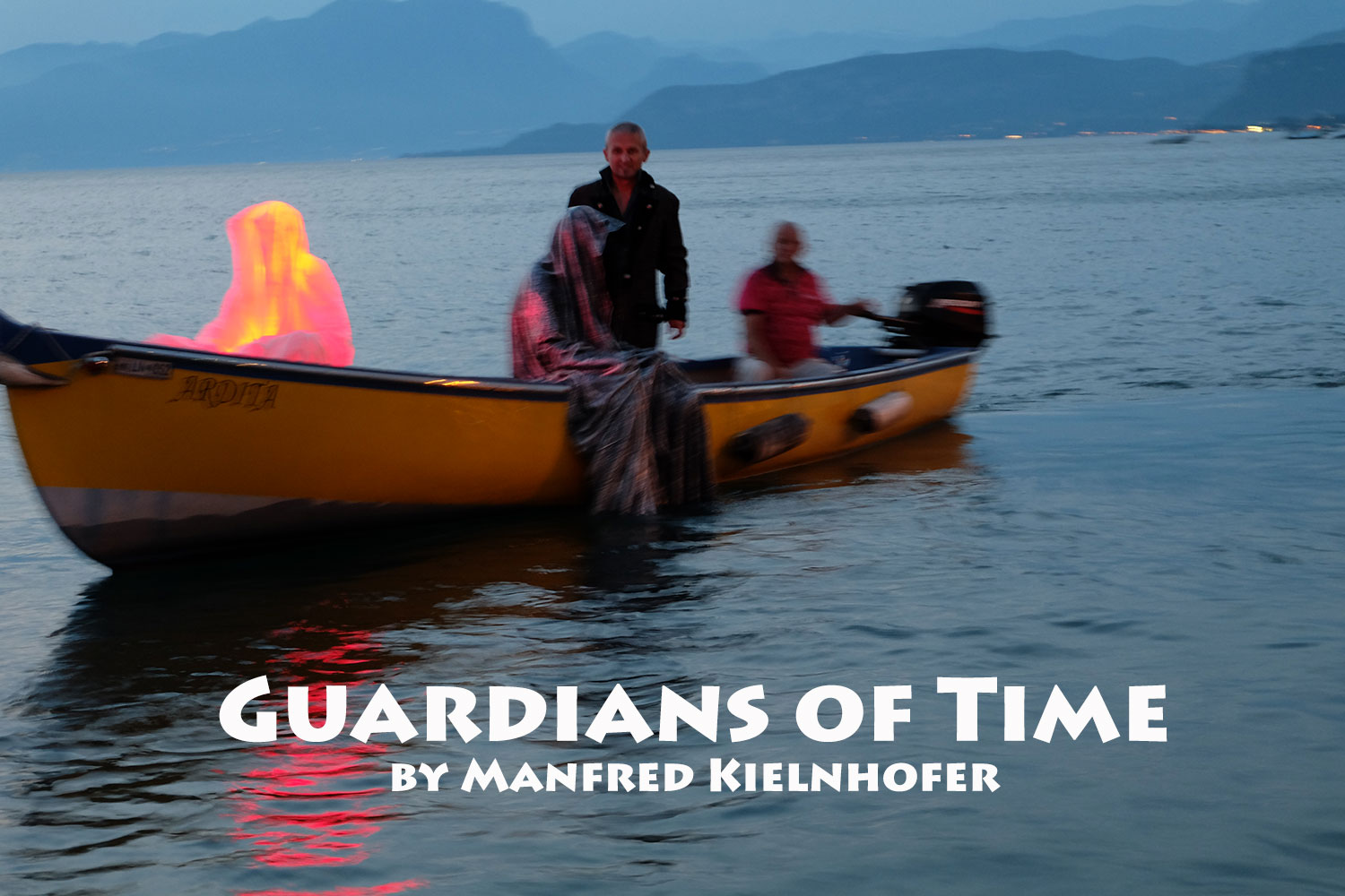 lazise-largo-de-guarda-italia--kouba-designkooperative-austria-guardians-of-time-manfred-kili-kielnhofer-contemporary-art-design-arts-arte-sculpture-theater-foto-film-performnce-avalon-ferryman-3800
